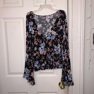 Floral Soft & Sexy American Eagle Shirt- Small